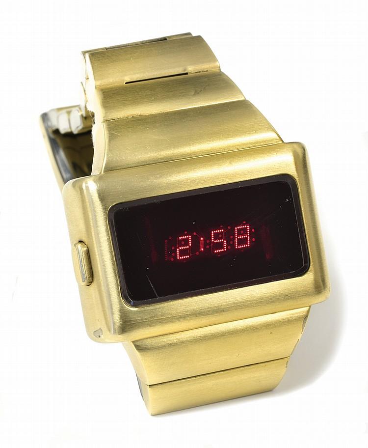 1973-Gold-Omega-TC1-Digital-Watch